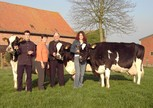 The Lahousse family with Loly (Horton), Lena (Cubby) and Liesbeth (F16)